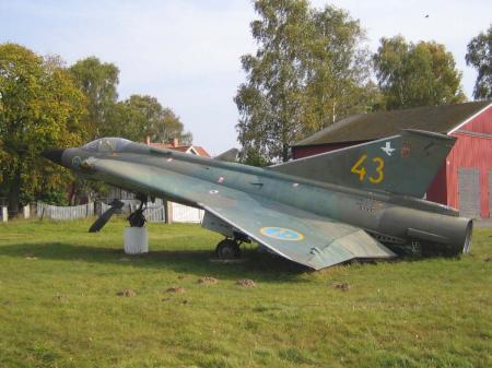 Saab_35_Draken.jpg