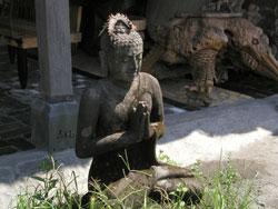 Seminyak-Budha-001.jpg