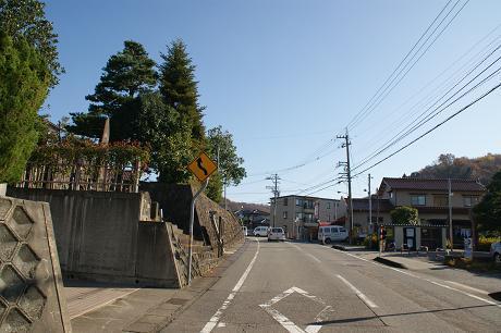 若松町を通る旧道
