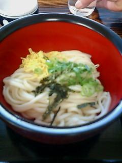 かなりの細麺