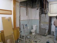 トイレの壁潰したとこ