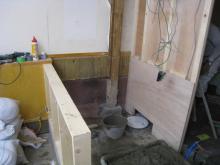 厨房とホールの間も出来つつあります