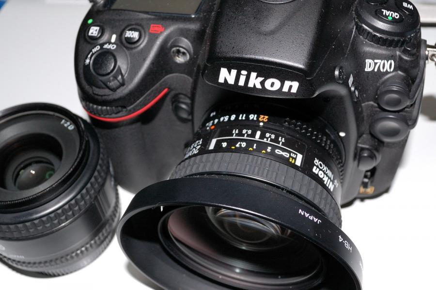 D700+AF20mm+AF35mm.jpg