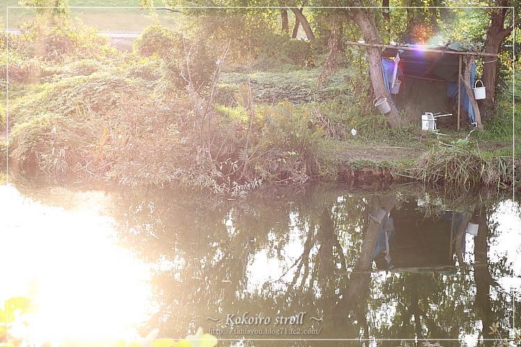 河原の小屋