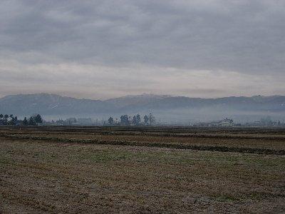 霞のかかる風景