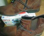 靴と箱ティッシュ.JPG