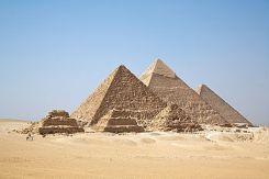 ピラミット-All_Gizah_Pyramids