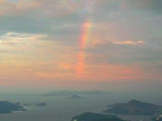 伊勢から見る富士の虹