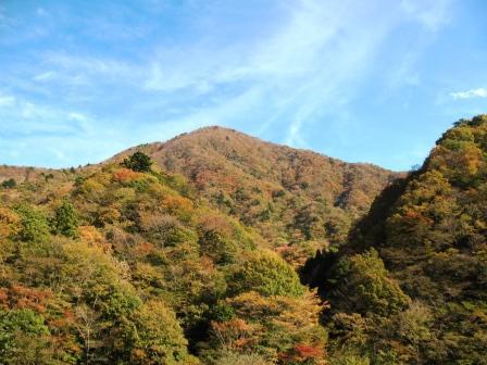 石棚山稜秋