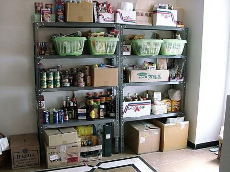 イエメンの家 食材用棚