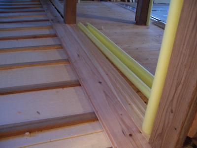 30ミリ厚杉板敷設(2009年3月1日)