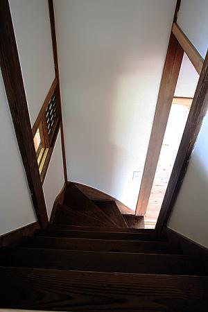 WEB 内覧会 中2階 階段
