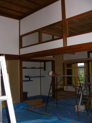 室内の漆喰塗りの様子1(2009年5月13日)