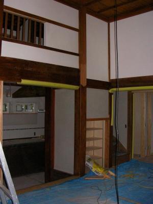 室内の漆喰塗りの様子2(2009年5月13日)