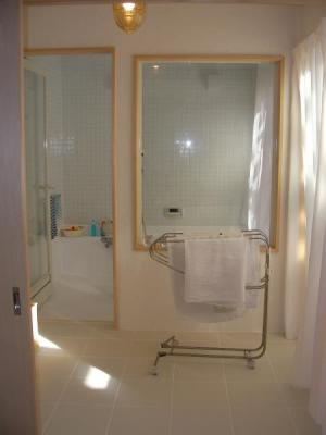 WEB 内覧会 浴室 脱衣所から見た浴室