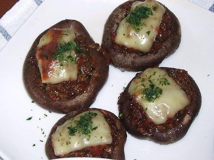 20081020しいたけの肉味噌チーズ焼き
