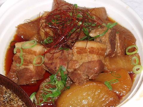 20081029豚ばら肉とお大根の炊いたの