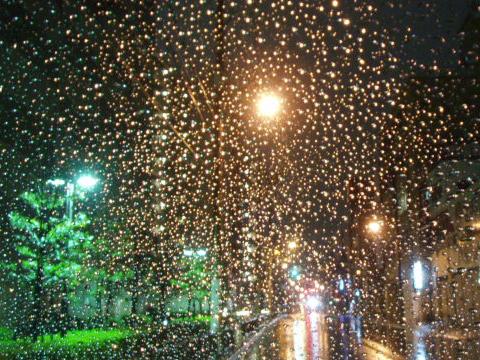 20090222<雨の夜