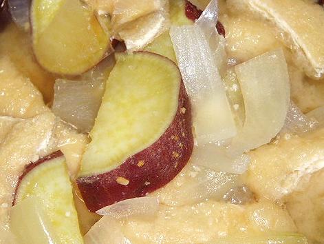 20090313サツマイモのお味噌汁