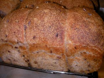 赤米パン2