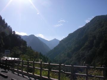 白山スーパー林道1