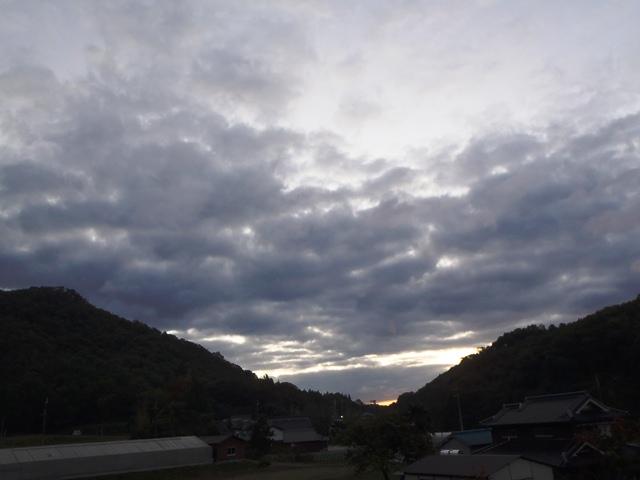 夜明け前の空111026