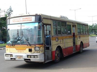 神奈中7E 4384