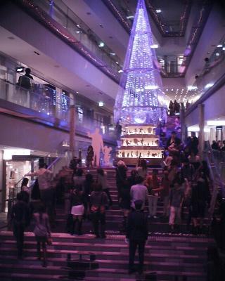 クリスマスイルミネーション・表参道ヒルズ:R2