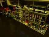 Lego_Modular_Houses.jpg