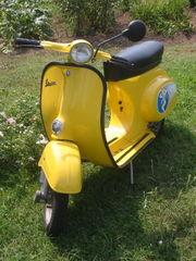 180px-Vespa_scooter2.jpg