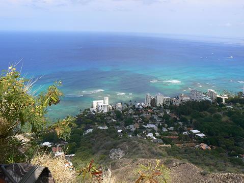 '08ハワイ 0629ダイヤモンドヘッド:頂上から南を