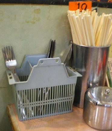 茶餐庁のテーブル2