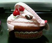 ケーキ型ポーチ1