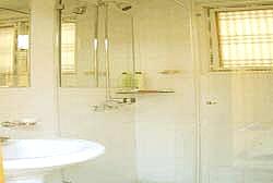 44427_bath.jpg