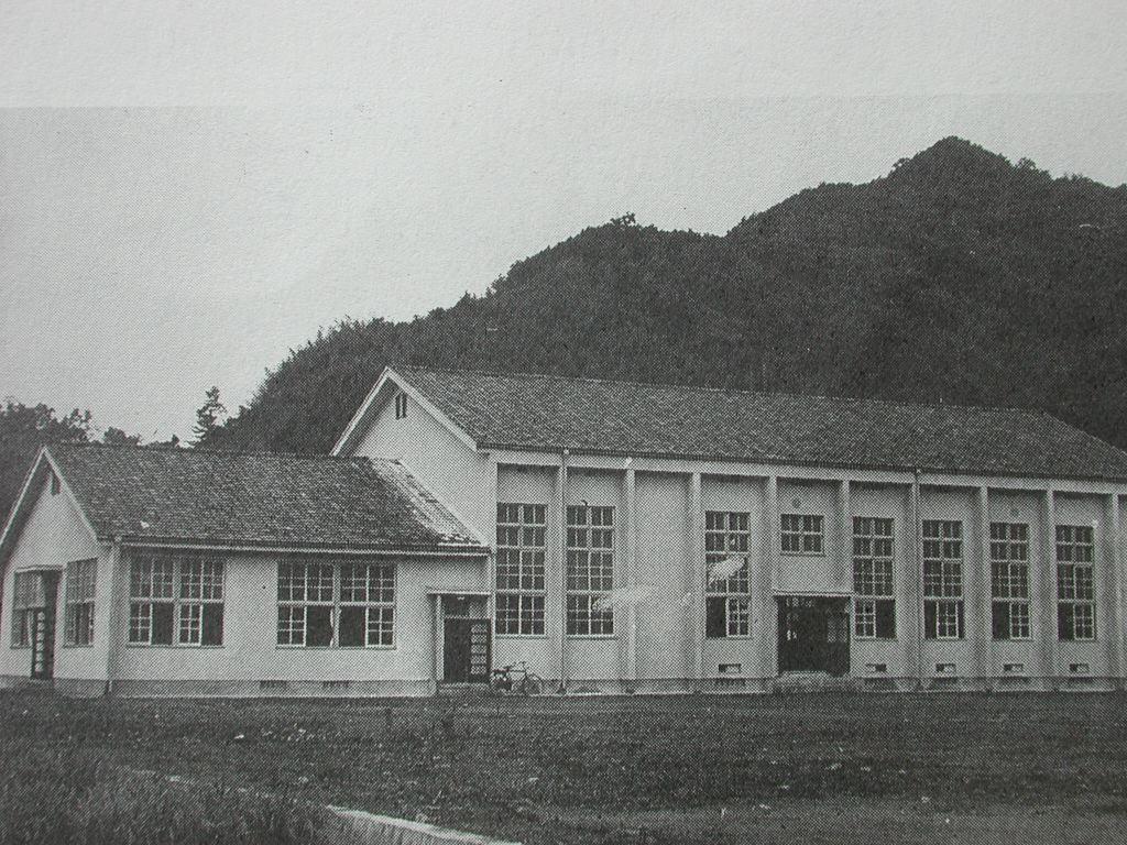 弥富公民館 講堂