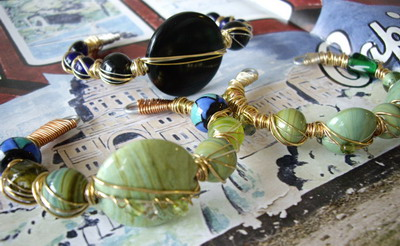 3人娘cuff bracelet