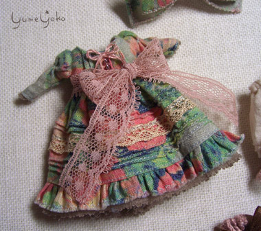 ピンタックいっぱいドレス