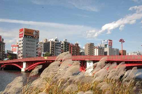 秋の吾妻橋