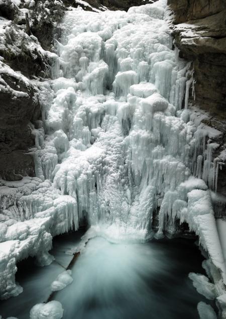 タイトル:不動の滝