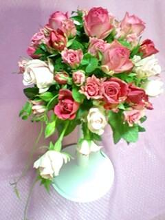 ピンクのバラのブーケ