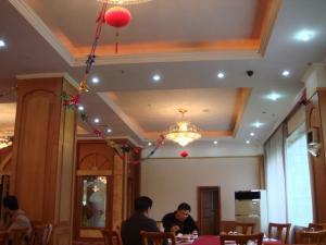 朝のレストラン