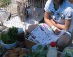 GW -3- お庭でBBQ 雑誌をよみふけるおちび