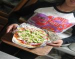 おちび ピザをつくる オーブンにいれる