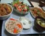 12月5日の夕飯メニュー タコ飯・味噌汁・肉じゃが・スモークサーモンサラダ・野菜ビーフン炒め