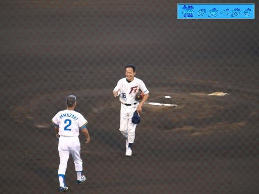 山崎裕之氏と握手