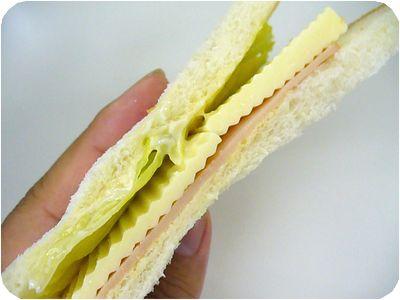 チーズハムサンド
