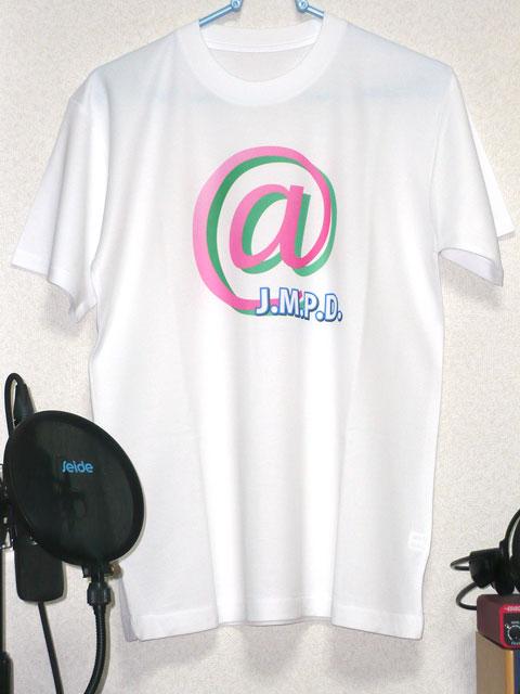 『J.M.P.D.』Tシャツ