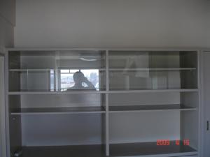 ダイニングボードのガラス引き戸交換