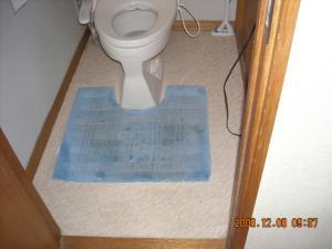 トイレ、クッションフロア(CFシート)張替前