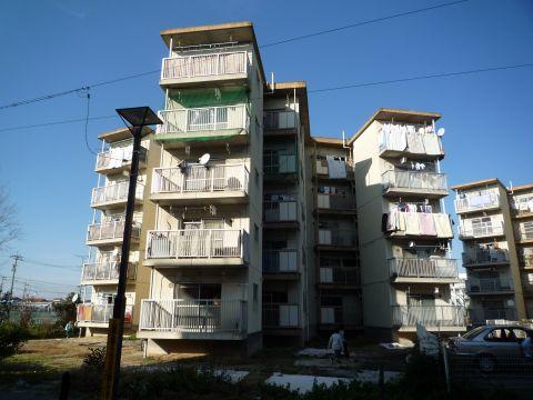 名古屋市営戸田荘の増築スターハウス